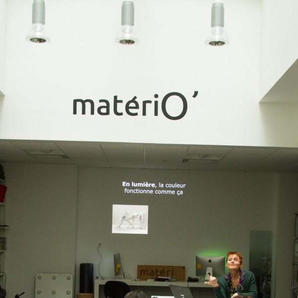 Conférence réalisée par Geneviève Naudin à la matériothèque